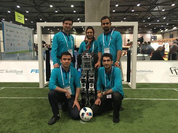تیم روباتیک دانشگاه ایلخچی