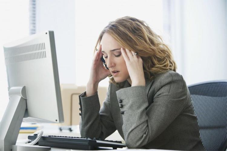 از عوامل استرس زا دوری کنید