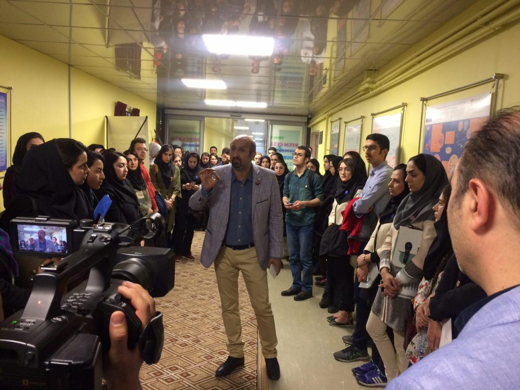 تور بازدید از مرکز سلولهای بنیادی کشور توسط دکتر کیهان ور