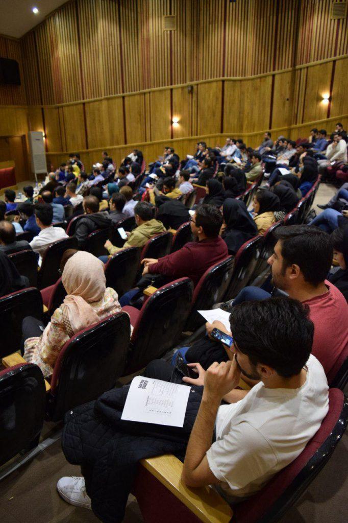 حضور بیش از ۳۵۰ نفر در سالن محل برگزاری اولین رویداد استارتاپ راه ابریشم در تبریز