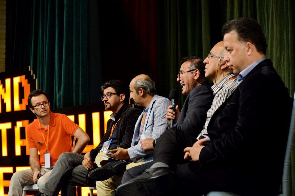 بخشی از جامعه استارتاپی تبریز در پنل بحث درباره مشکلات رشد استارتاپها در تبریز : با وجود اینهمه بحث و تحلیل چرا هنوز راه بجایی نبرده ایم؟