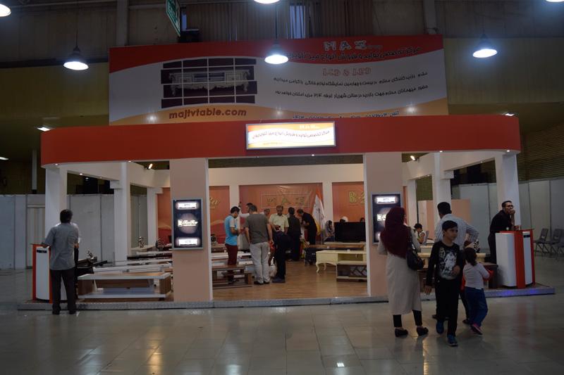 فروش میز تلویزیون در میان نمایشگاه الکامپ