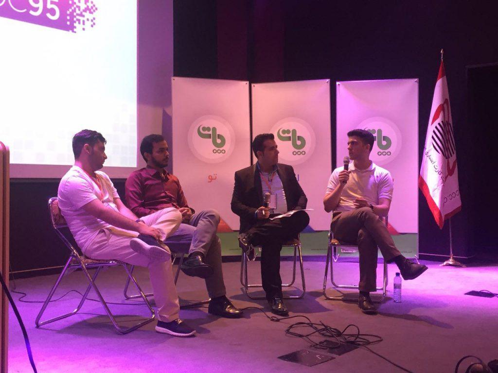 در پنل گفتگو آرش سروری با علی نادعلیزاده ، احمد هاشمی و هوتن مرادی در مورد نحوه شروع به کار و مشکلات آن ها در این مسیر سوال کرد.